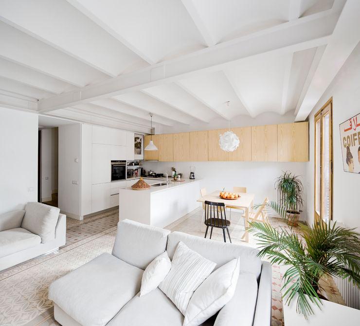 Anna & Eugeni Bach Ruang makan: Ide desain, inspirasi & gambar