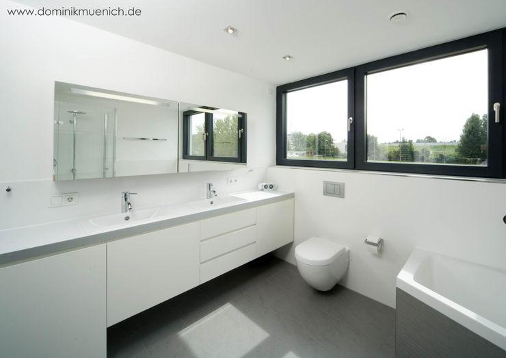 Architekturbüro Ferdinand Weber Modern bathroom