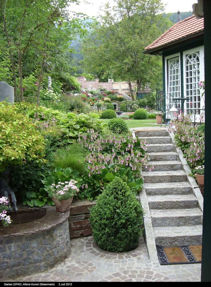 Hausgarten in Aflenz-Kurort, Steiermark KAISER + KAISER - Visionen für Freiräume GbR Klassischer Garten