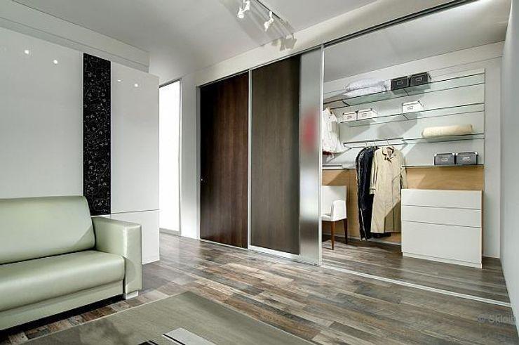 Ganzglasschiebetür als Raumteiler Lignum Möbelmanufaktur GmbH Fenster & TürTüren
