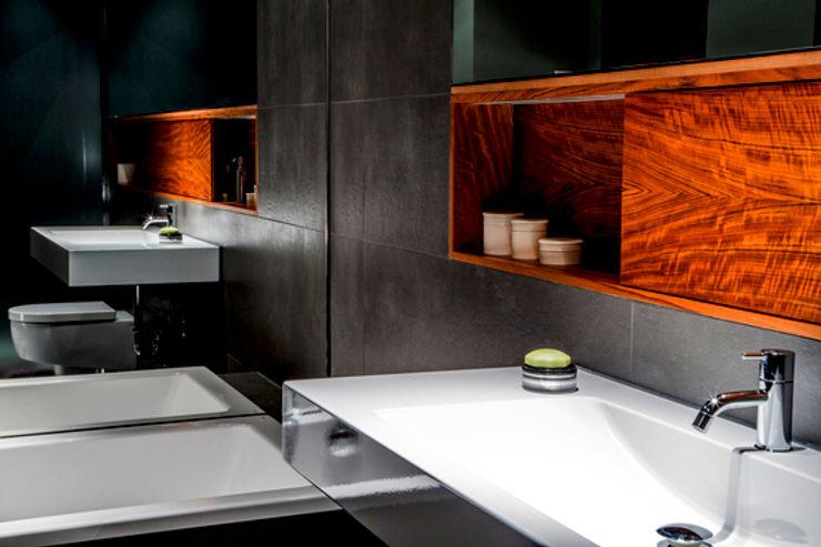 Living the life - Apartment im Herzen Berlins Conni Kotte Interior Moderne Badezimmer