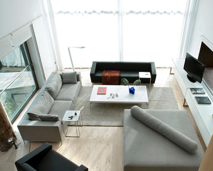 House at Tamariu Octavio Mestre Arquitectos Living Room