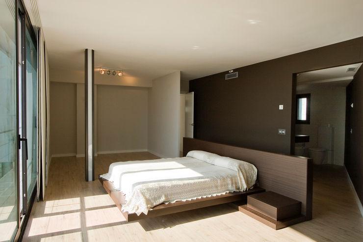 House at Pineda de Mar Octavio Mestre Arquitectos Bedroom
