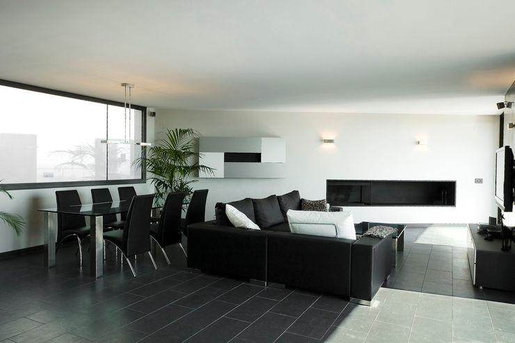 House at Pineda de Mar Octavio Mestre Arquitectos Living Room