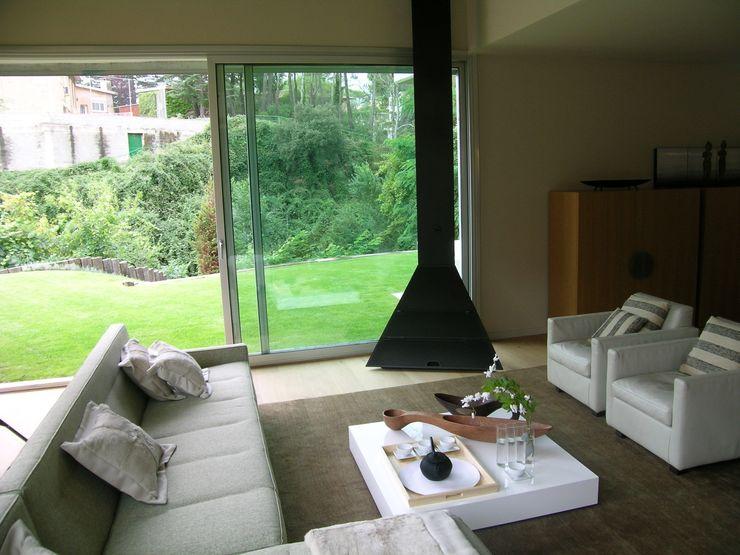 House at Maresme Octavio Mestre Arquitectos Living Room