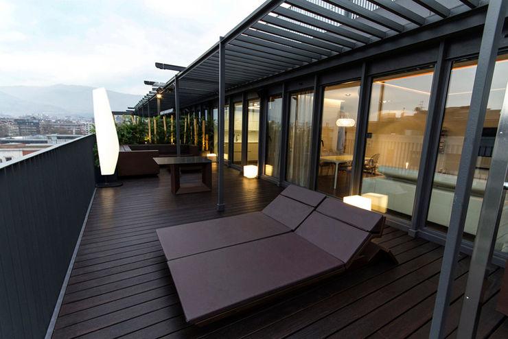 Vivienda Domótica Guggenheim M&P Muka Design Lab Estudios y despachos de estilo mediterráneo