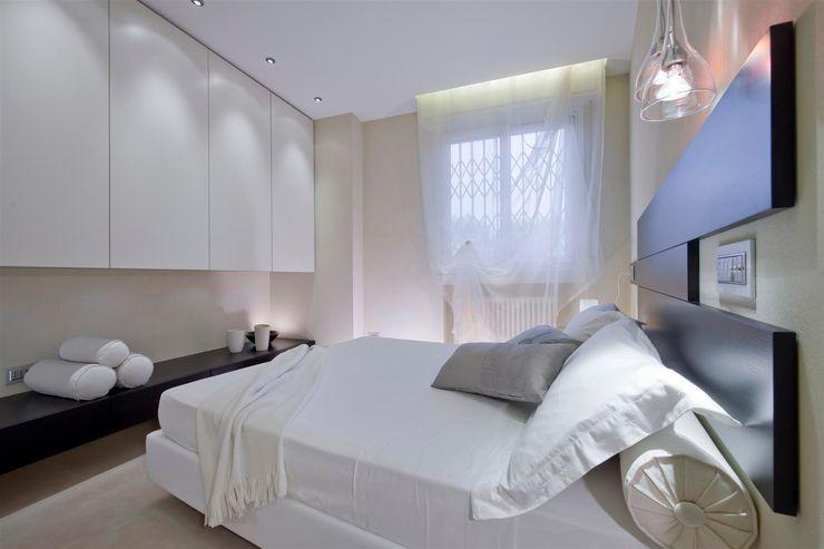 Appartamento MF Studio di Architettura SIMONE GIORGETTI Camera da letto moderna