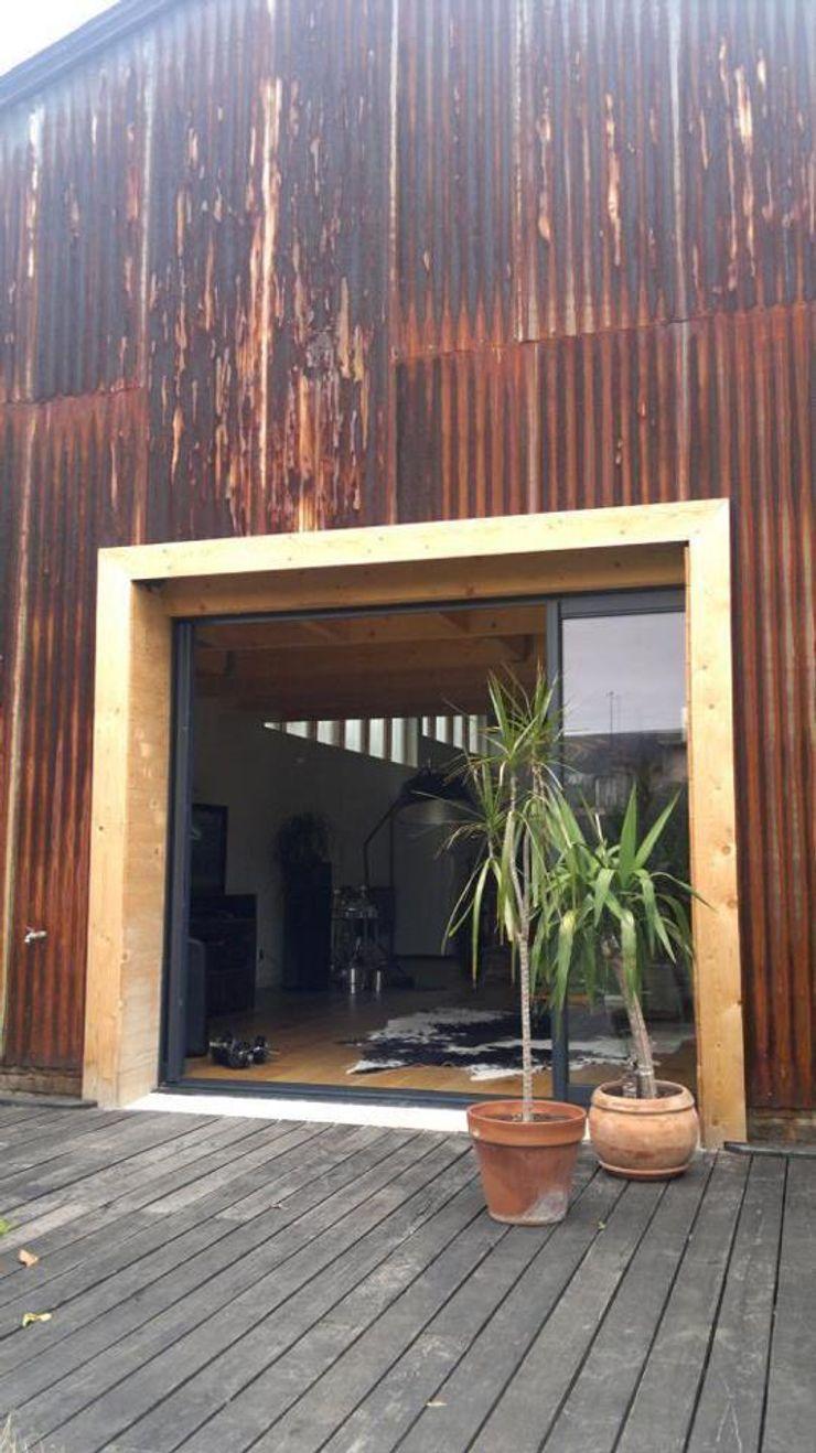 Loft AC/DC Allegre + Bonandrini architectes DPLG Balcon, Veranda & Terrasse industriels