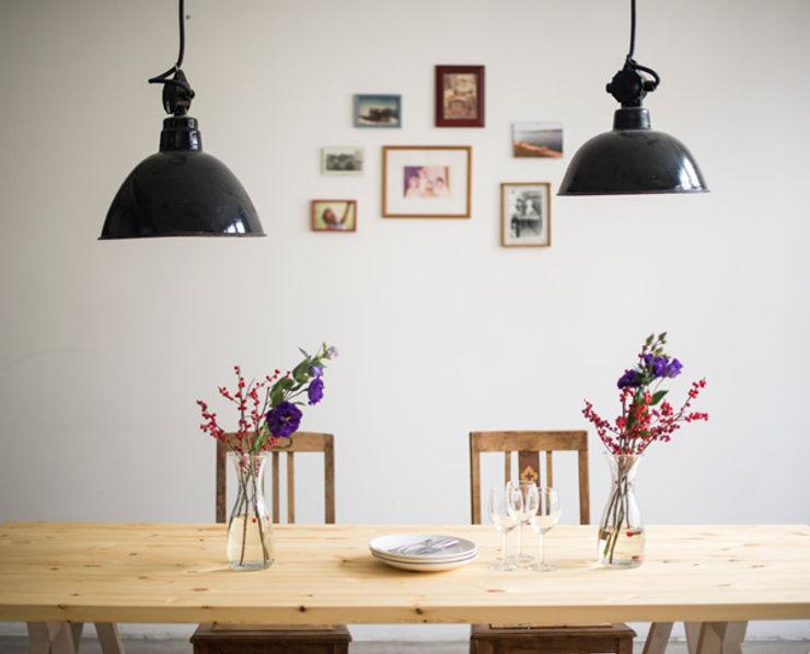 Tischplatte Stemke homify EsszimmerTische Massivholz Weiß