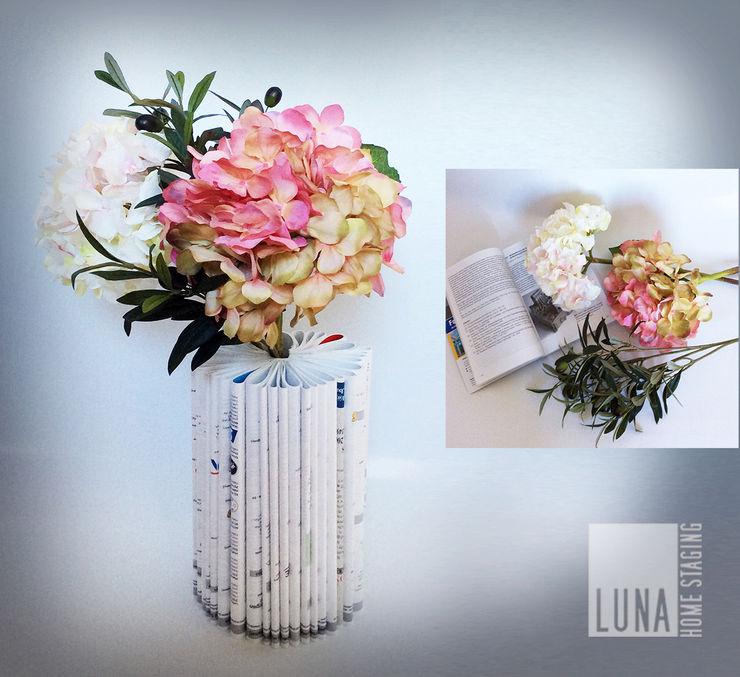 Book Vase Luna Homestaging
