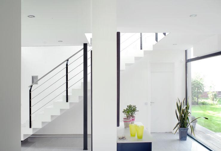 Architekten Spiekermann Modern Corridor, Hallway and Staircase