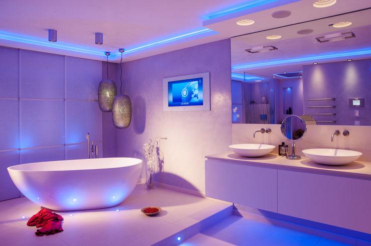 Design by Torsten Müller Eclectic style bathroom