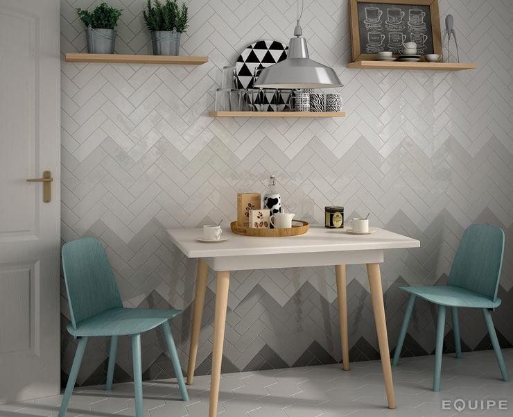 Equipe Ceramicas Modern style kitchen Tiles