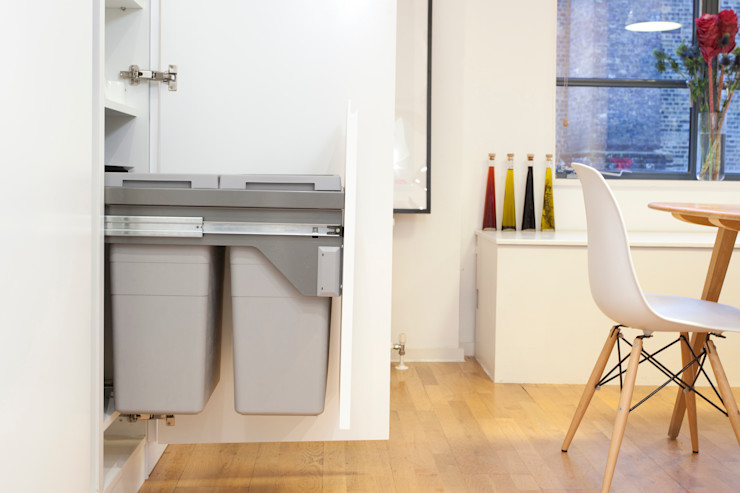 Clerkenwell WC1: Minimal Professional Home Increation Klassische Küchen