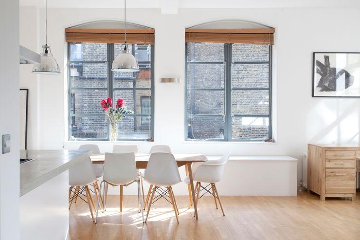 Clerkenwell WC1: Minimal Professional Home Increation Klasik Mutfak