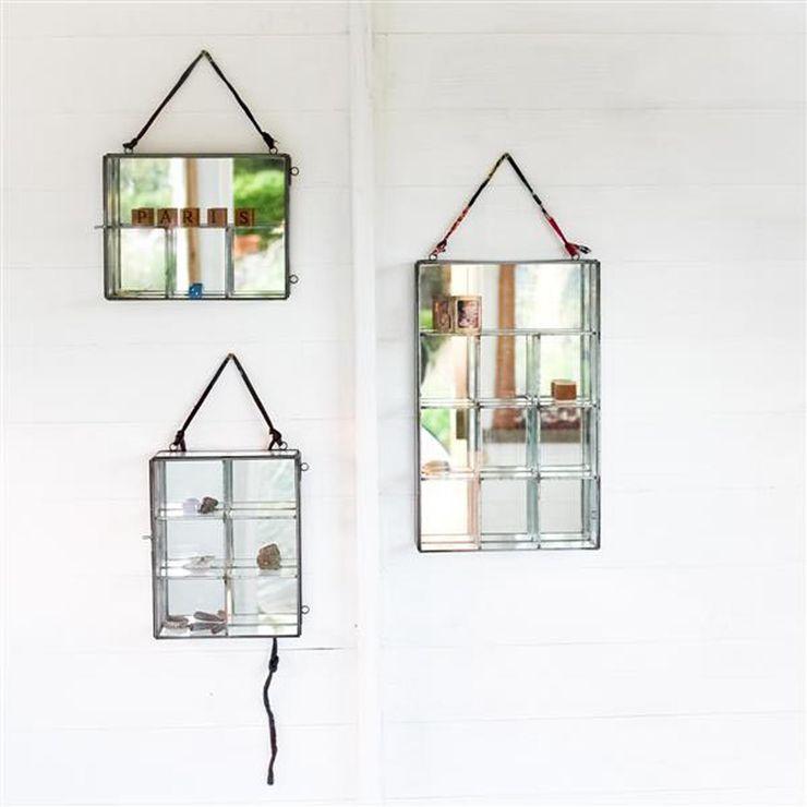 Glass Mirror Boxes Loop the Loop