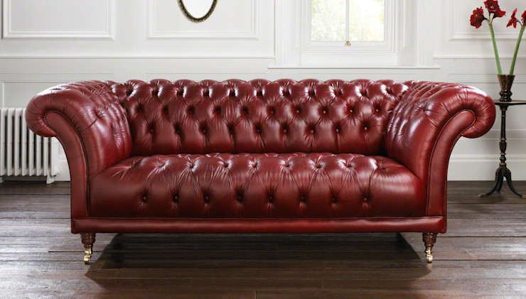 Divano Chesterfield modello 'Old Fashion' in pelle 'Deluxe Mulled Wine' LUCY retrò & chic SoggiornoDivani & Poltrone