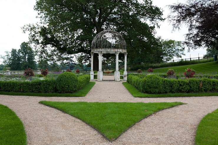 Grand Terrace Cool Gardens Landscaping Country style garden
