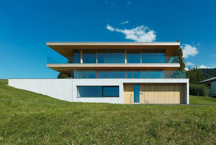Dietrich | Untertrifaller Architekten ZT GmbH Rumah Modern