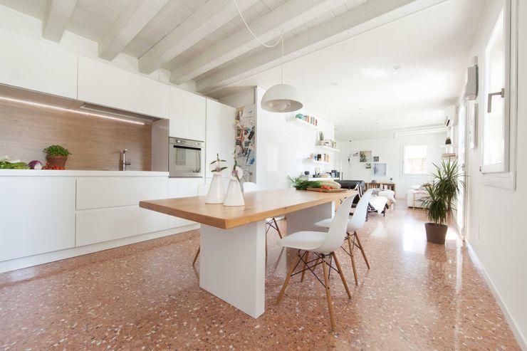 kitchen Didonè Comacchio Architects Cocinas de estilo moderno