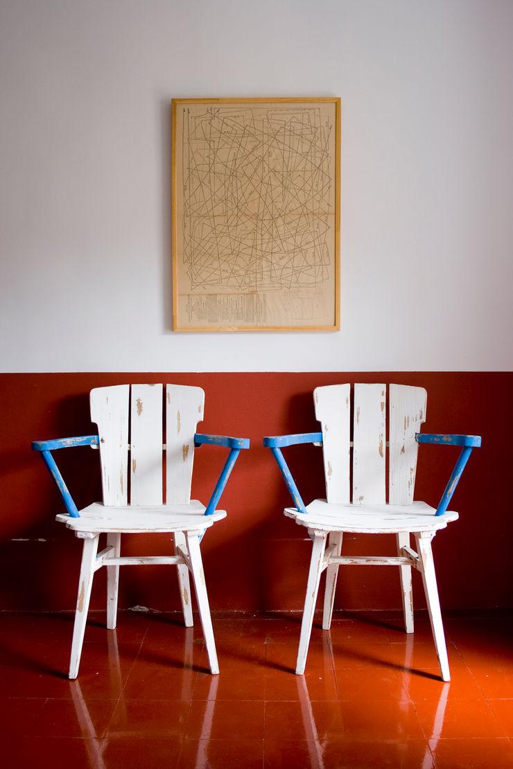 Bed & Breakfast en La Rioja Casa Josephine Paredes y suelos de estilo mediterráneo