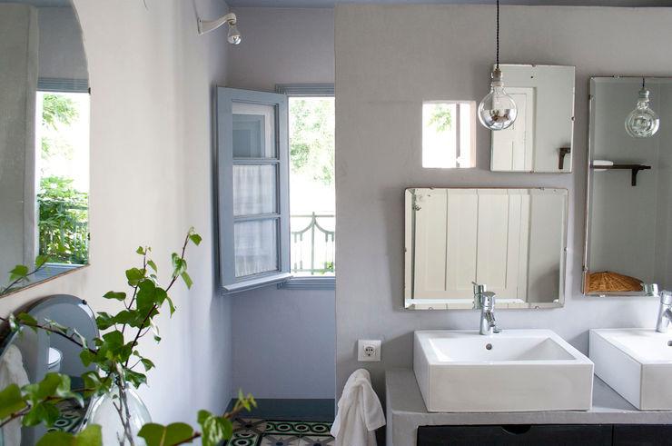 Bed & Breakfast en La Rioja Casa Josephine Baños de estilo mediterráneo