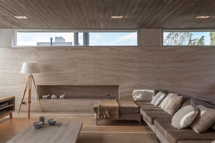 ESTUDIO GEYA Moderne Wohnzimmer