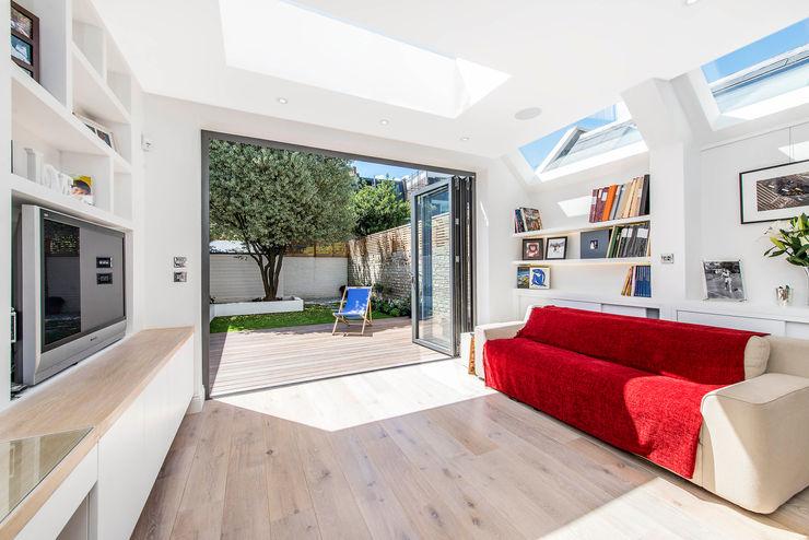 Family Living homify Modern Living Room