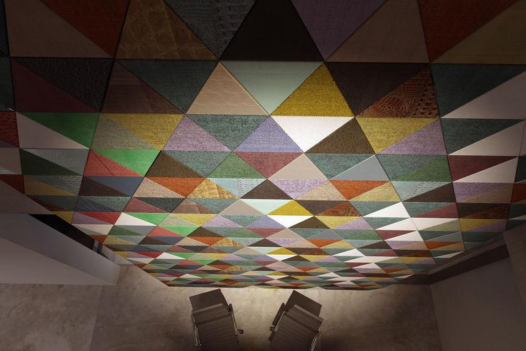 Lapèlle Design leather tiles Lapèlle Design EscritórioAcessórios e decoração