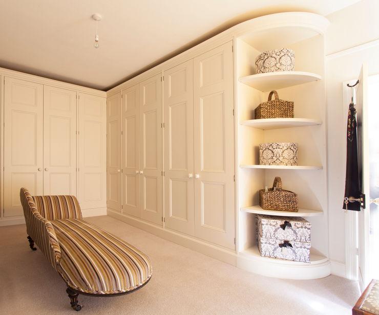 Bespoke cabinetry Baker & Baker VestidoresArmarios y cómodas