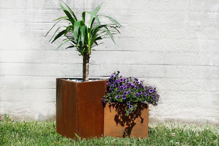 CLASS MANUFACTURING SA Garden Plant pots & vases