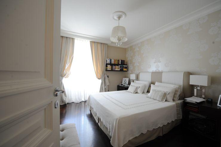 camera padronale archbcstudio Camera da letto in stile classico