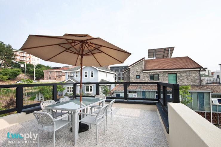 디자인투플라이 Moderner Balkon, Veranda & Terrasse
