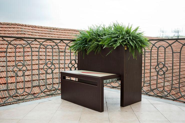 Conforti Tina Designer Garden Plant pots & vases