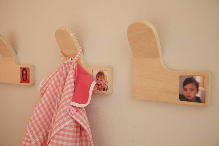 MOLUDO Dormitorios infantiles de estilo moderno