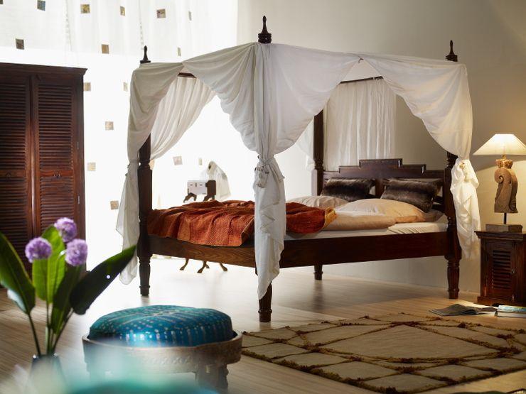 Himmelbett Indien-Haus SchlafzimmerBetten und Kopfteile
