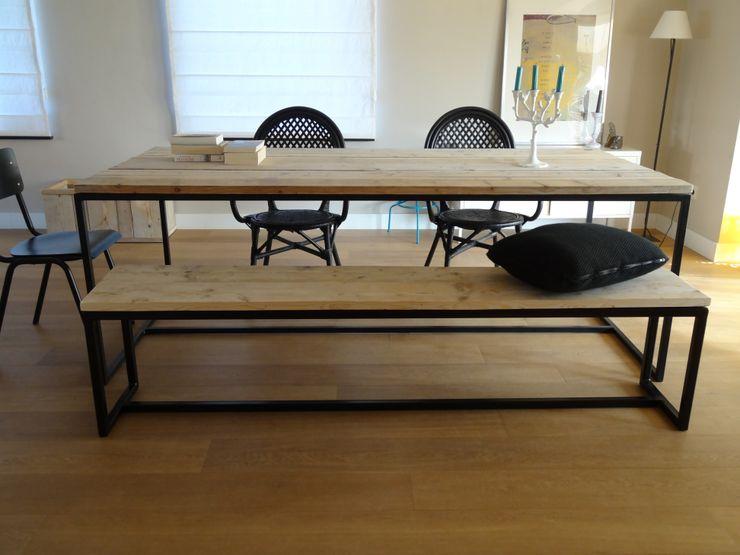 Bank aus Bauholz mit Untergestell aus Stahl PURE Wood Design WohnzimmerHocker und Stühle