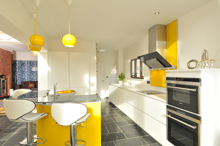 MR & MRS KNOWLES KITCHEN Diane Berry Kitchens Cuisine moderne