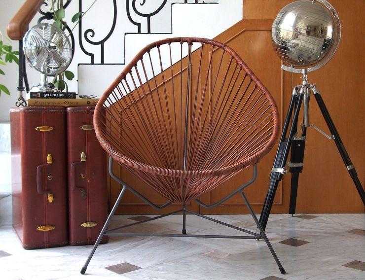 Leather Acapulco chair Ocho Workshop SalonesTaburetes y sillas