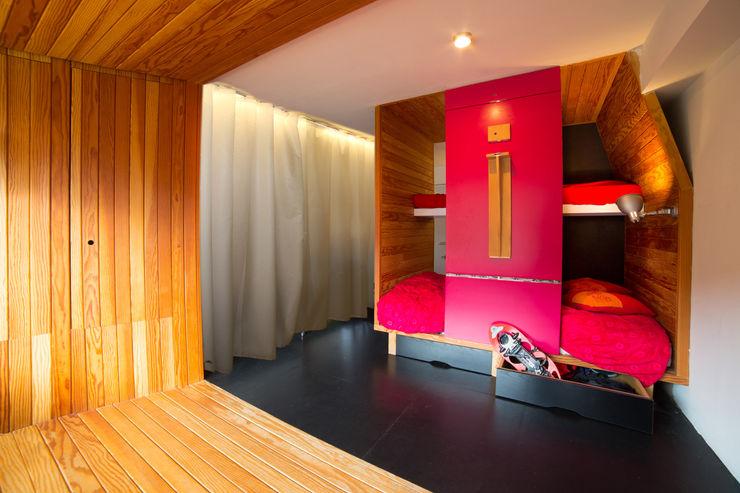 Beriot, Bernardini arquitectos Rumah Minimalis