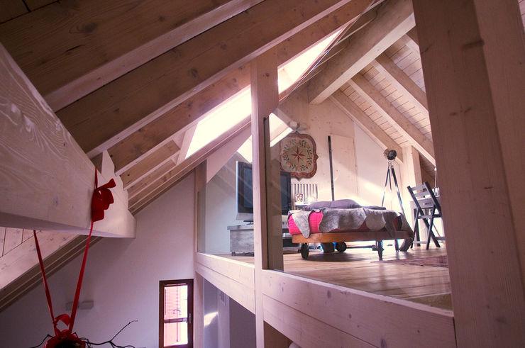 Appartamento B+T Architetto Beltrame Claudio Finestre & Porte in stile scandinavo