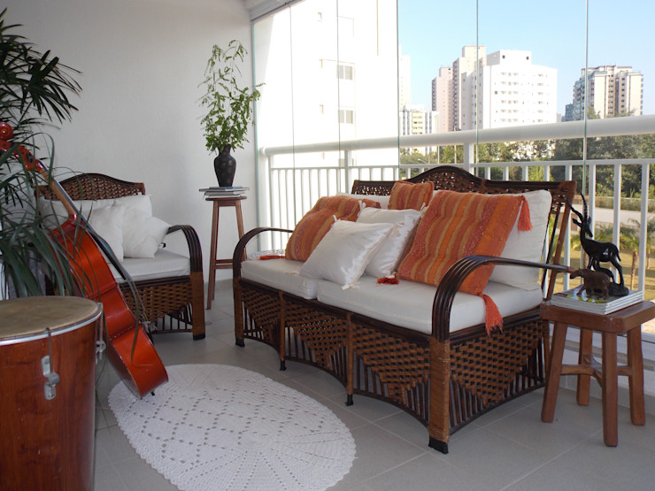 Lúcia Vale Interiores Eclectic style balcony, veranda & terrace