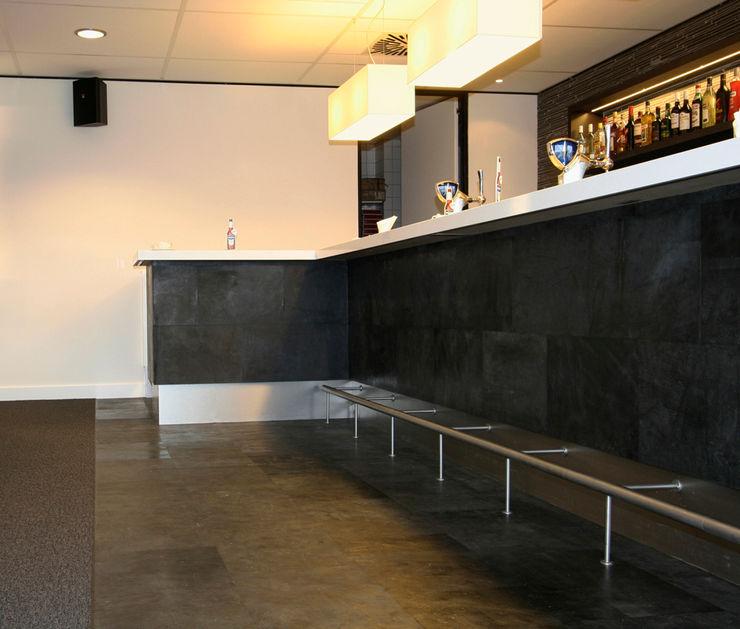 ELEMENTO 3 DISEÑO SA DE CV Стіни & ПідлогиНастінні та підлогові покриття