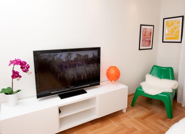 AgiDesign Modern Living Room