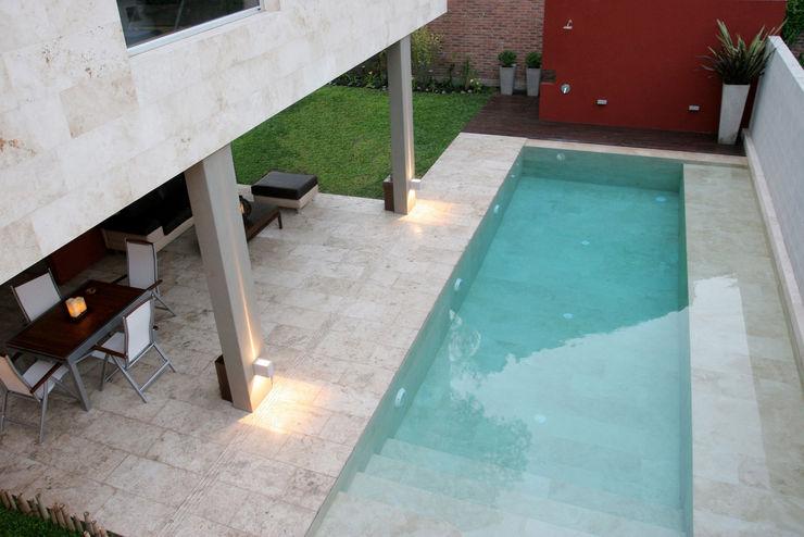 ESTUDIO GEYA Moderne Pools