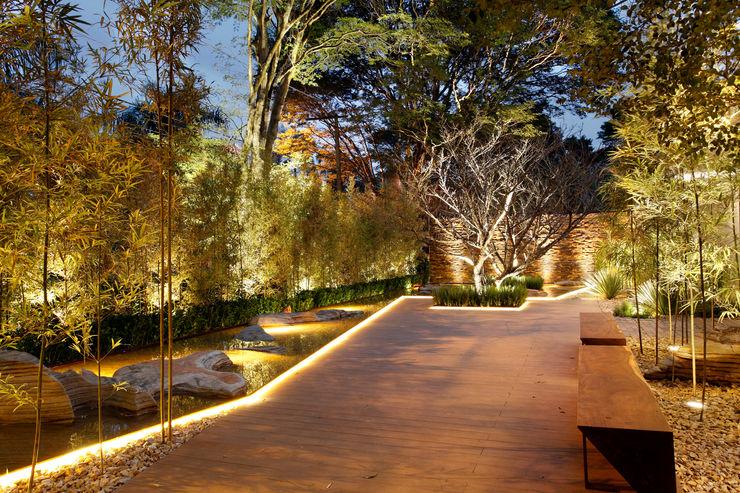 Hanazaki Paisagismo Jardines de estilo moderno