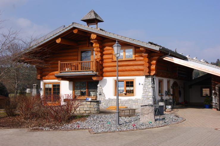Schwarzwälder Baustil OCB Blockhaus Team