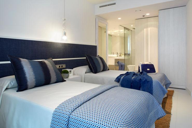 Molins Design Dormitorios de estilo mediterráneo