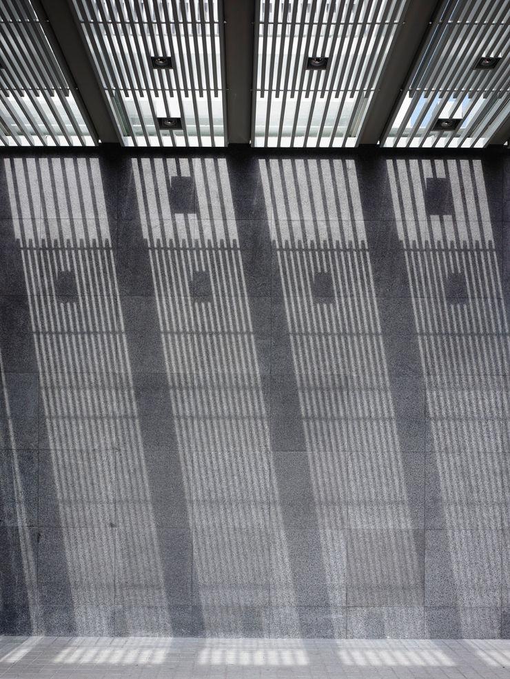 HYLA Architects Paredes y pisos modernos