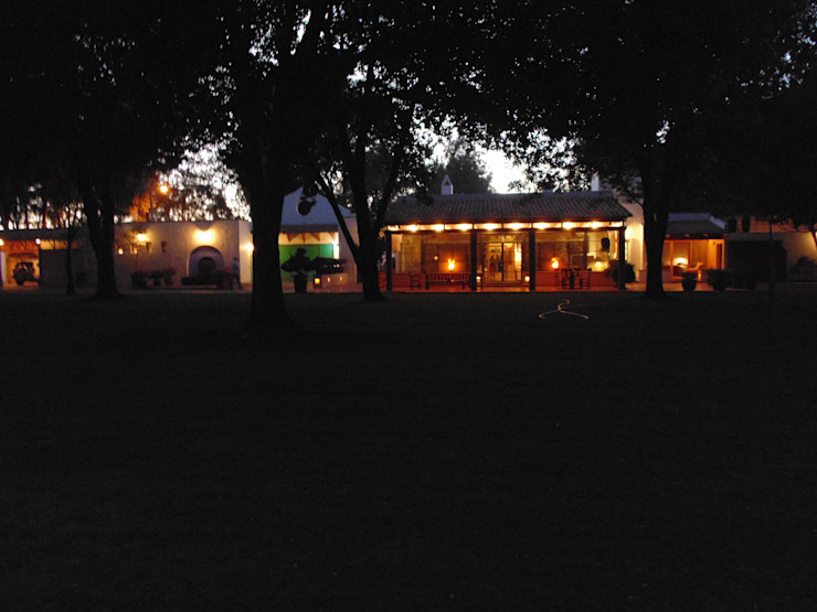 Taller Luis Esquinca Casas de estilo rural
